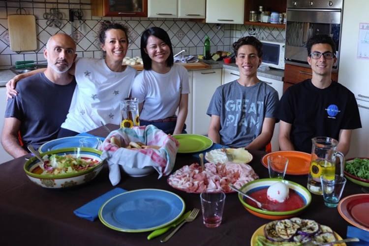 Dinehome cene interculturali studenti